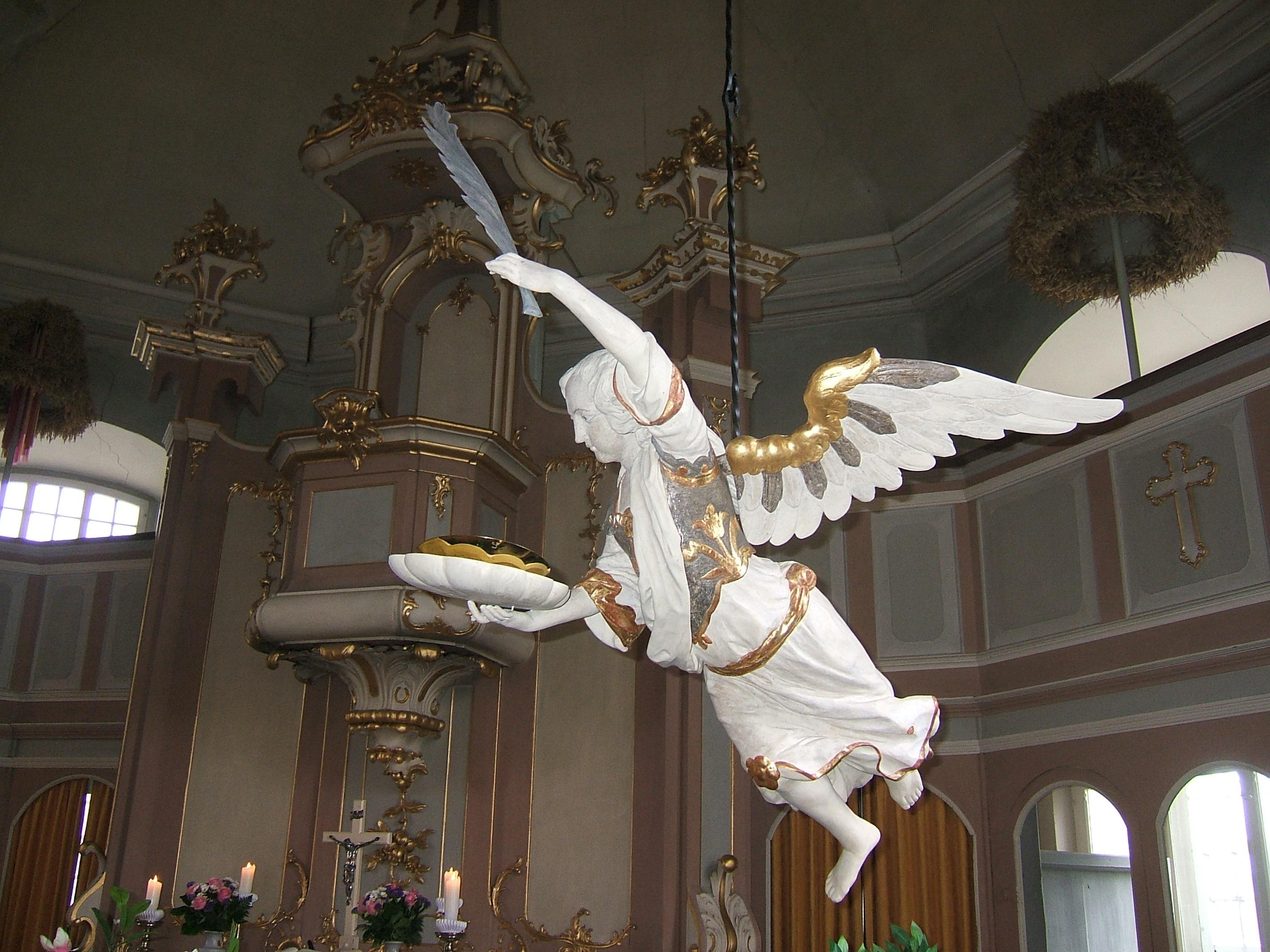 Engel in der Kirche in Wülfingen